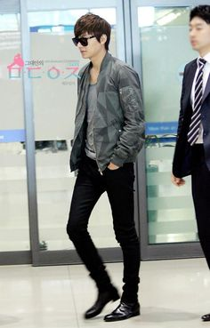 Lee Min Ho --- Airport Fashion
