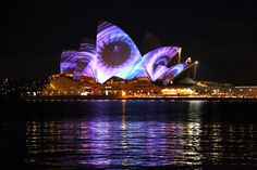 Magnificent Light Projection on the Sydney Opera House - My Modern Metropolis