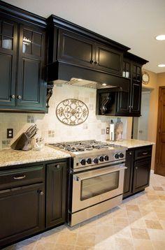 tumbled stone backsplashes for kitchens |  gold and tumbled