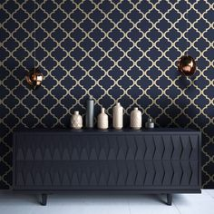 I Love Wallpaper Morocco Trellis Wallpaper Navy Gold - Wallpaper from I Love Wallpaper UK Blue And Gold Living Room, Navy Living Rooms, Blue Living Room Decor, Dining Room Wallpaper, Navy Wallpaper, Trellis Wallpaper, Modern Living Room Wallpaper, Blue And Gold Wallpaper, Luxury Wallpaper