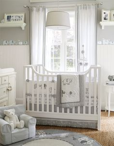 I love the elephant border: Neutral Nursery