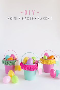 I had to kick off my first Easter DIY with some fringe! Fringe is fantastic, especially on an Easter… Craft Stick Crafts, Diy Crafts, Craft Ideas, Diy Osterschmuck, Fun Diy, My First Easter, Easter Gift Baskets, Diy Ostern, Easter Crafts For Kids
