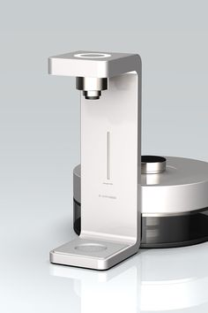 제품디자인회사 투비제로 tobezero Coffee Machine Design, Tea Brewer, Drinking Fountain, Cold Brew Coffee Maker, Glass Water Bottle, Futuristic Design, Water Dispenser, Calendar Design, Shape Design