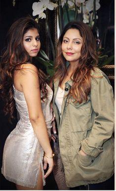 SUHANA KHAN Biography: She is a daughter of Bollywood Badshah Shahrukh Khan. Her mother Gauri Khan is Film Producer & Interior Designer. Bollywood Stars, Bollywood Fashion, Bollywood News, Beautiful Bollywood Actress, Beautiful Actresses, Shahrukh Khan Family, Sr K, Hindi Actress, Star Wars