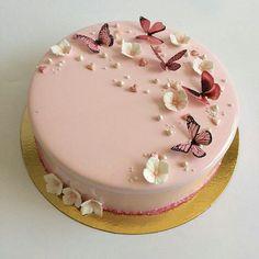 So süß ja oder nein? Omg Tag your friends Verfolgen: Creatives Girls Sigam: Elegant Birthday Cakes, Beautiful Birthday Cakes, Happy Birthday Cakes, Cake Birthday, Birthday Wishes, Butterfly Birthday Cakes, Butterfly Cakes, Pink Butterfly, Butterflies