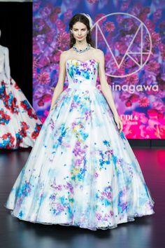 話題すぎ♡蜷川実花プロデュースのウエディングドレス*試着必須はこの6着!にて紹介している画像