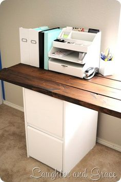 DIY Farmhouse Style Desk
