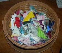 Bonnie Hunter shows how to put those tiny scraps into a quilt. Crumbs Crumbs Crumbs!
