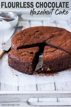 FLOURLESS CHOCOLATE HAZELNUT CAKE is a wonderful combination of flourless chocolate cake and finely ground hazelnuts. An accidently gluten free chocolate cake with a wonderful hazelnut flavour. Chocolate Fridge Cake, Chocolate Hazelnut Cake, Chocolate Chocolate, Gluten Free Chocolate Cake, Chocolate Recipes, Baking Recipes, Cake Recipes, Dessert Recipes, Hazelnut Recipes
