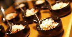 """Veja 60 sugestões de """"finger food"""" para servir no casamento"""