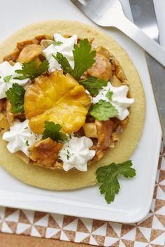 Poêlée des bois sur sablé au thym et sa crème de truffe Mexican, Cooking, Ethnic Recipes, Kitchen, Food, Mushroom Recipe, Dish, Recipes, Truffles