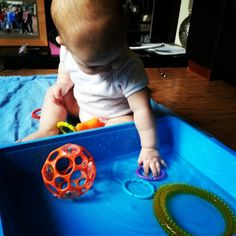 Water tub sensory play idea for baby