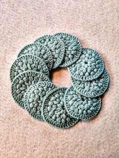Crochet Basket Pattern, Crochet Patterns, Crochet Books, Knit Crochet, Crochet Circles, Knitted Shawls, Burlap Wreath, Fiber Art, Crochet Projects