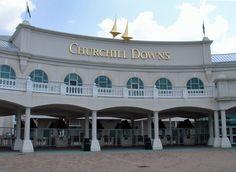 Churchill Downs front entrance gate in Louisville, Kentucky