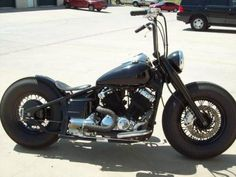 Yamaha V-Star custom Virago Bobber, Bobber Bikes, Bobber Motorcycle, Bobber Chopper, Cool Motorcycles, Motorcycle Style, Harley Bobber, Scrambler, V Star Bobber