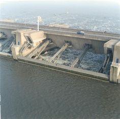 Gesloten deur luchtfoto Delta Works, Flood Prevention, Water Dam, Dutch People, Storm Surge, Water Management, Aerial View, Netherlands, The Good Place