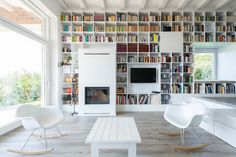 The Long Brick House by Földes & Co. Architects