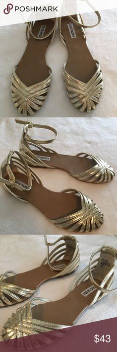 NEW Steve Madden Dressy Gold Flat Sandals/Shoes NEW Steve Madden gold flat dressy sandals/shoes, NEVER WORN...size 7.5.  Slight mark on right shoe back seen in pic#5...shoes were stored in shoe box. Steve Madden Shoes Sandals