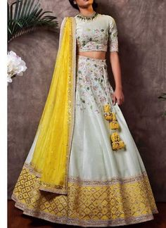 Explore from latest collection of lehengas online. Shop for lehenga choli, wedding lehengas, chaniya choli, ghagra choli & designer lehengas in variety of colors. Indian Fashion Dresses, Indian Gowns Dresses, Dress Indian Style, Indian Designer Outfits, Indian Outfits, Indian Clothes, Indian Blouse, Lehenga Choli Designs, Ghagra Choli