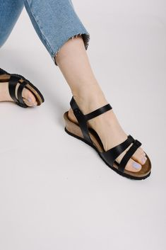 f4cb7cad48ad BIRKENSTOCK  Papillio Lana Natural Black Leather in Narrow Fit