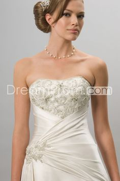 Exquisite Strapless A-line  Floor-length  Chapel Pick-up & Appliques Wedding Dresses