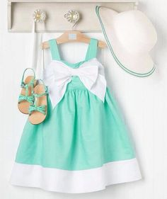 such a cute little girl's ensemble! This would be so cute as an Easter outfit! Little Girl Outfits, Little Girl Fashion, Cute Little Girls, Toddler Fashion, Kids Outfits, Kids Fashion, Fashion Clothes, Easter Girl Outfits, Toddler Girl Easter Outfit