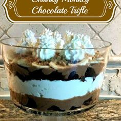 Chunky Monkey Chocolate Trifle @keyingredient #dessert #brownies #chocolate