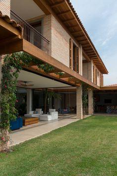 Village House Design, Bungalow House Design, House Front Design, Small House Design, Dream Home Design, Home Design Plans, Modern House Design, Terrace House Exterior, Facade House