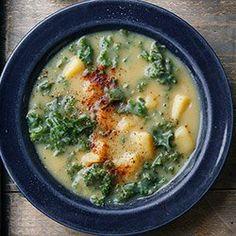 Wegańska zupa caldo verde z jarmużem | Kwestia Smaku