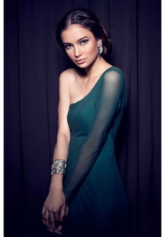 TANTEASE Sabal Makati, Occasion Wear, One Shoulder, Gowns, Formal Dresses, How To Wear, Wedding, Fashion, Vestidos