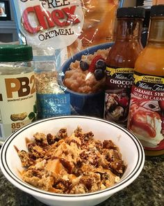 post workout vibes had me craving oatmeal like crazy. This weather made me want to snuggle up so I wanted something yummy with a little protein. I had gluten free oatmeal with PB2, Walden Farms Caramel and Chocolate sauce, a melted @questnutrition cookies n cream protein bar, and coconut milk mixed all together. Sooo good and warm and hit the spot for what I wanted on this cloudy day!Macros: C54//F13//P30