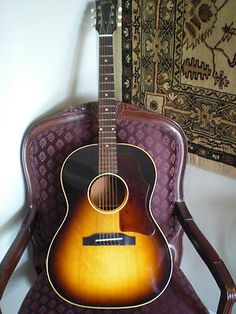 1964 Gibson LG-1 Acoustic Guitar LG1 (excellent condition)