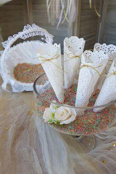 Φτιάξτε χειροποίητους κώνους για το ρύζι στο γάμο σας και πρωτορυπήστε με χρωματιστό ρύζι. Πατήστε στην εικόνα και δείτε ακόμα περισσότερες #diy ιδέες για Γάμο. #γαμος #διακοσμησηγαμου #γαμος2020 #wedding #weddingdecoration #diywedding #weddinginspiration #weddingideas #weddingdecorideas #fallwedding #autumnwedding #wedding2020 #mpomponieres #φθινοπωρινοςγαμος #barkasgr #barkas #afoibarka #μπαρκας #αφοιμπαρκα #imaginecreategr Dream Wedding, Wedding Day, Pi Day Wedding, Marriage Anniversary, Wedding Anniversary