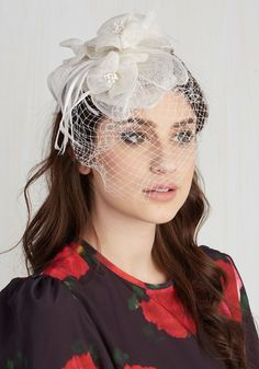 Special Occasion Shoes and Accessories - Sassy Statement Fascinator in Ivory