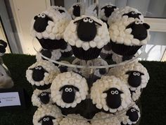 A Seriously Sheepy Second Birthday   CatchMyParty.com