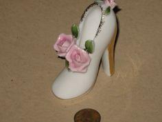 Figurine Vintage Shoe Slipper by BookishKind on Etsy, $5.00