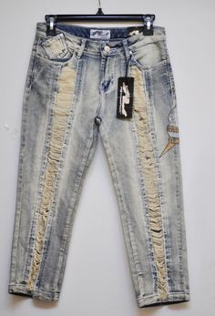 PLATINUM PLUSH Capris Deninm Jean Mid-Rise Embellished Rhinestone Distressed 5 #PlatinumPlush #CapriCropped