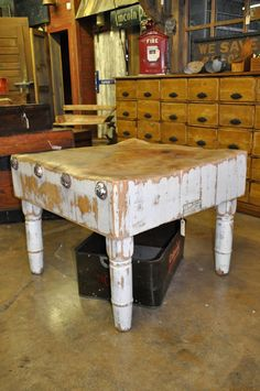 Oklahoma Barn Market: Furniture