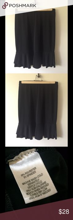 WHBM, very cute black skirt, size small White House Black Market Skirt, with 2 cute ruffles at bottom, elastic waistband, size small, falls at about knee length. Has been used, appears new. I found in my closet, it's very cute on except for it no longer fits me😂. Great for office or night out on the town💃offers always accepted, fast shipping. Non-smoking home. White House Black Market Skirts A-Line or Full
