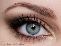 Perfect eye shadow for blue eyes!