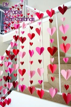 Check out this easy idea on how to make #DIY 3-D paper heart garlands for #ValentinesDayDecor #ValentinesDayCrafts #ValentinesIdeas @istandarddesign