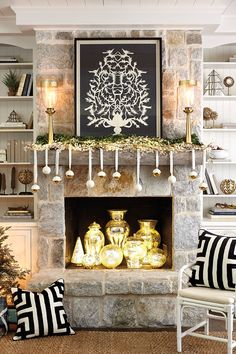 Mantel color combination crush!  Pair silver & gold holiday decor with your black & white everyday decor this upcoming holiday season!