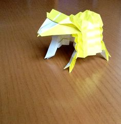 Sheep, designed by Toshikazu Kawasaki, folded by Teru Kutsuna.