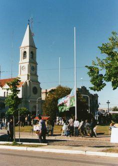 Izamiento y presentación de la bandera de Benito Juárez, Buenos Aires, Argentina,