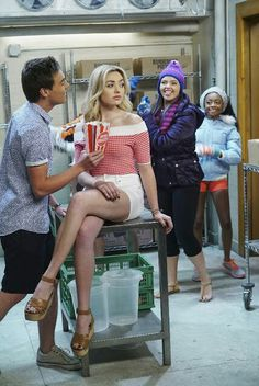 "Emma and Xander and Lou and Zuri,, hey (""OC"") there I am with,,(""Georgeous Goddess Peyton Roi List"") ! Peyton List, Peyton Roi, Cameron Boyce, Jessie, Kevin Quinn, Blonde Actresses, Skai Jackson, Disney Channel Stars, Sabrina Carpenter"