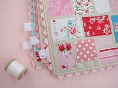 Lace tabs on a placemat ~ pretty detail