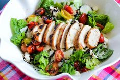 Ingredients 2 chicken breasts, skinless 1 cup penne, boiled 20 lettuce leaves ½ cup cherry tomatoes, halved 2 Tbsp olive