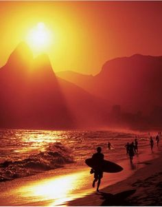Sunset over Ipanema Beach, Rio de Janeiro, Brazil - Part of this weeks Top 5 Sunset Photos on Pinterest for #TravelPinspiration click here for more: http://www.ytravelblog.com/travel-pinspiration-top-5-sunset-photos-on-pinterest/
