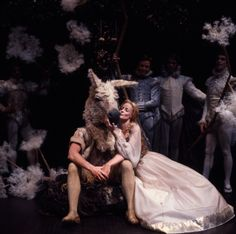 Video recording of Robin Phillips' 1977 production of A Midsummer Night's Dream for the Stratford (Ontario) Shakespeare Festival. Maggie Smith doubles as Hippolyta and Titania and assumes the role of Queen Elizabeth I, the play's 'presenter'. Brush Up Your Shakespeare, Shakespeare Plays, William Shakespeare, Shakespeare Festival, Theatre Geek, Theater, Theatre Design, Shakespeare Midsummer Night's Dream, Companion Of Honour