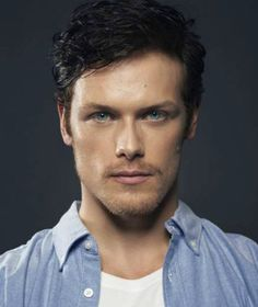 Actor Sam Heughan was Officially Cast for Jamie Fraser for the Outlander TV Series on Starz. Diana Gabaldon Really Seems to Like Him! Sam Heughan Outlander, Diana Gabaldon Outlander Series, Outlander Book Series, Starz Outlander, Starz Series, Outlander Characters, Jamie Fraser, Galloway, Ron Moore